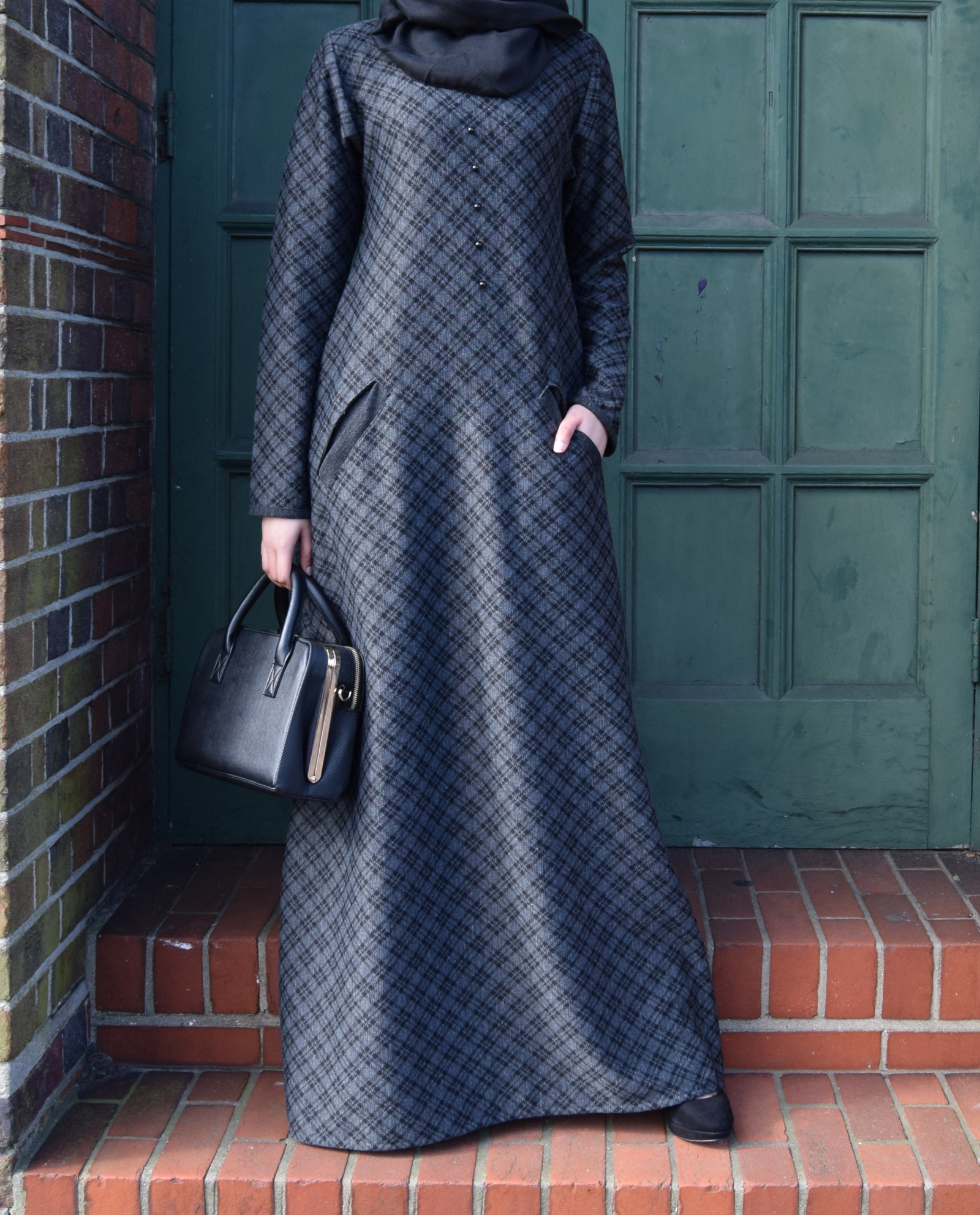 5c05cbd7eeba9a Checkered Charcoal Abaya – Shabina B